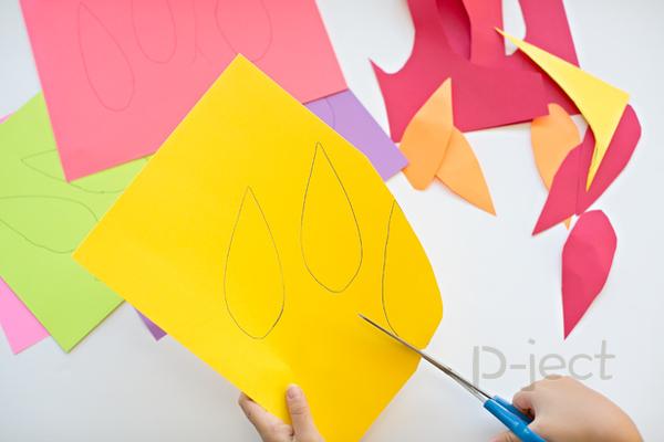 รูป 3 สื่อการสอนสนุกๆ ทำจากจานพลาสติกสีสด