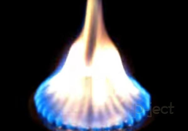 รูป 2 สอนทำเปลวไฟ จากกระป๋องครีม เก่าๆ