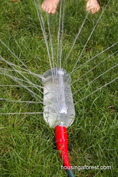 รูป 4 ทำของเล่นสนุกๆ จากขวดพลาสติก