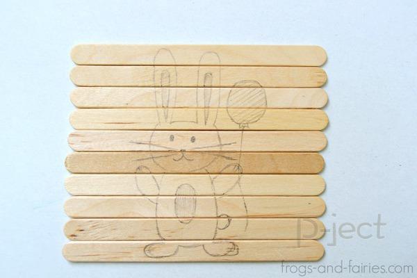 รูป 5 โครงงานศิลปะ ต่อรูปการ์ตูน จากไม้ไอติม