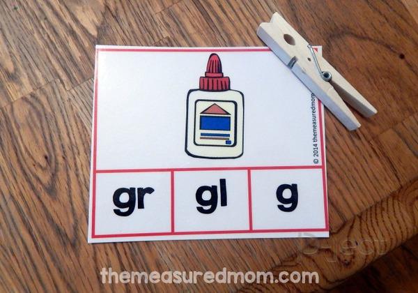 รูป 2 ไอเดียสื่อการสอน ภาษาอังกฤษสนุกๆ คำนี้ขึ้นต้นด้วยอะไร?