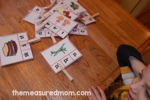 รูป 5 ไอเดียสื่อการสอน ภาษาอังกฤษสนุกๆ คำนี้ขึ้นต้นด้วยอะไร?