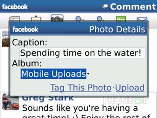 รูป 3 โปรแกรม Facebook สำหรับ iPhone และ Blackberry เวอร์ชั่นใหม่