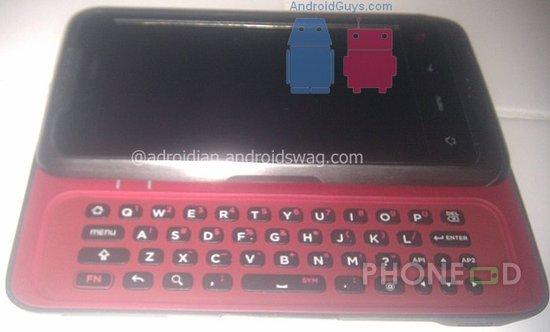 รูป 3 มือถือ HTC ใหม่ ระบบ Android มากับคีย์บอร์ดและจอสัมผัส