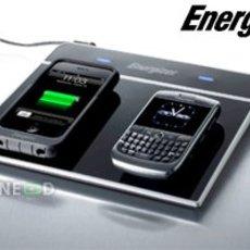 แท่นชาร์จแบตมือถือไร้สายจาก Energizer