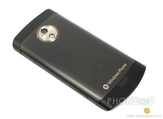 รูป 6 ภาพและสเปคมือถือวินโดวส์โฟน 7 ใหม่ Samsung i917 Cetus, LG E900 และ HTC 7 Trophy