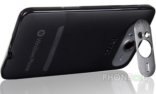 รูป 3 โทรศัพท์มือถือ HTC HD7