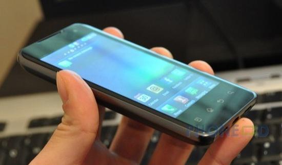 รูป 7 มือถือ LG Optimus 2X