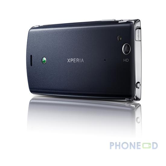 รูป 3 โทรศัพท์ Sony Ericsson Xperia Arc
