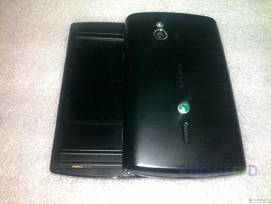 รูป 2 ภาพและสเปคมือถือใหม่ มาแทน Xperia X10 Mini Pro