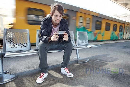 รูป 6 โทรศัพท์โซนี่อีริคสัน Xperia Play