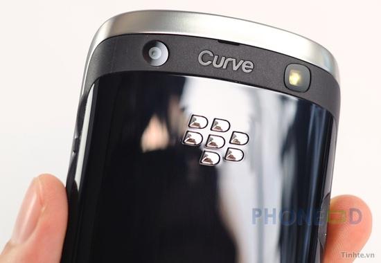 รูป 5 ภาพถ่ายมือถือใหม่ Blackberry Curve 9370