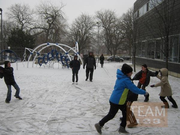 เกมส์หากระดุม ในก้อนหิมะ